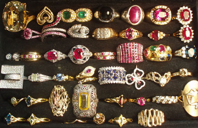 Buying Estate Jewelry Antiques in the Valley